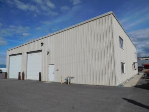 880 Kootenai Cutoff Rd, Ponderay, ID 83852