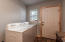3076 Paradise Valley Rd, Bonners Ferry, ID 83805