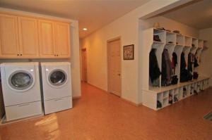 Laundry - Mud Room