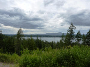 Tremendous Hayden Lake Views