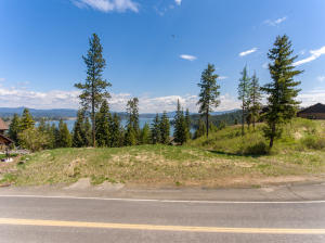 Great Lake & Mountain Views