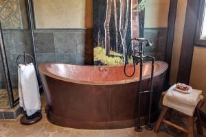 Solid copper, jetted Diamond Spa with English hardware - beautiful yet functional relaxation