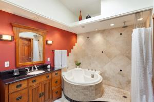 Master En-suite- lower walkout