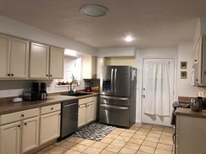 Kitchen 1-1024x768