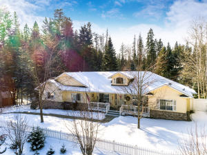 3207 E ST JAMES AVE, Hayden, ID 83835