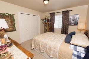 Bedroom2_3772