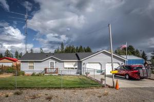 32822 N 6TH AVE, Spirit Lake, ID 83869