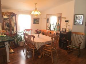 5228 W Graf Dining Room