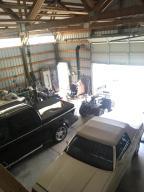 5228 W Graf Shop Interior