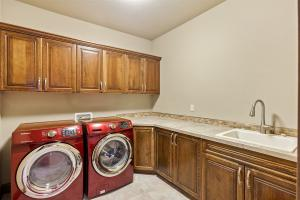 Laundry Room - Main level