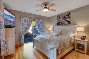Master Bedroom retreat suite
