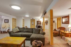Lower Level Bonus Room