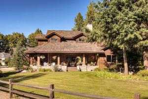 Great home in Hayden Lake