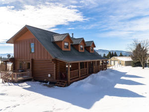 2713 E BLUEGRASS LN, Post Falls, ID 83854