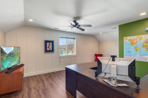Office/Bedroom #4 (Upper Level)