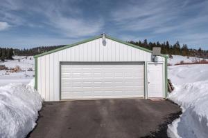 Shop/ garage