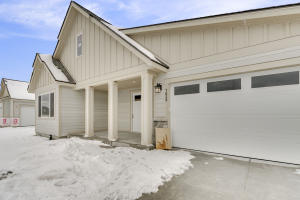 3113 N BACKWEIGHT LOOP, Post Falls, ID 83854
