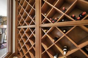 19 Wine Cellar