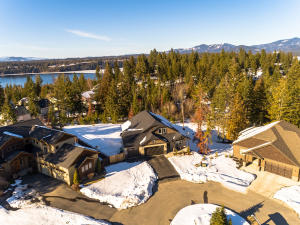 8749 N Stable Trace Ct, Hayden, ID 83835