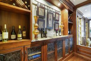 022 Wine Cellar