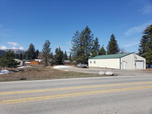 32735 N 5TH AVE, Spirit Lake, ID 83869