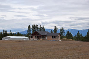 1432 Holmes Rd, Bonners Ferry, ID 83805