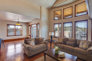 13503NGolfviewLn-11