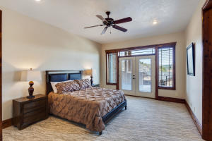 13503NGolfviewLn-15