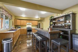 Daylight Basement Kitchen