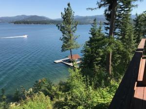 Views of Lake2