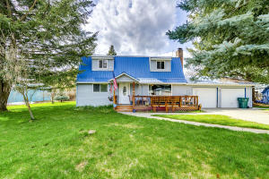 32377 6th Ave, Spirit Lake, ID 83869