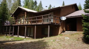 26 High Circle Rd, Sandpoint, ID 83864