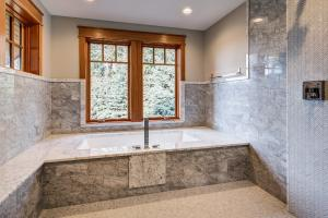 Glassed-in Bath & Shower Room