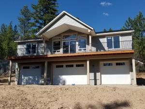 561 Mountain View Rd, Blanchard, ID 83804