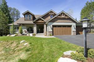 In beautiful Forest Ridge Estates
