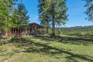 1123 Thompson Rd, Priest River, ID 83856