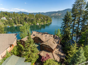 10646 N LAKEVIEW DR, Hayden Lake, ID 83835