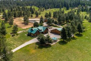 1512 E OPEN GATE LN, Harrison, ID 83833