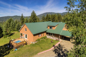 560 Homestead Hollow, Careywood, ID 83809