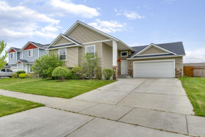 3580 E WHITE SANDS LN, Post Falls, ID 83854