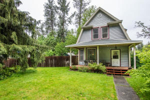 1621 E Lost Ave, Coeur d