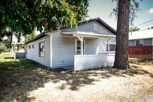 104 W WARNER RD, Post Falls, ID 83854