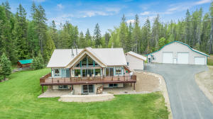 Amazing Pack River & Selkirk Mountain Views!
