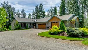 2032 S MEADOWBROOK ACRES RD, Coeur d