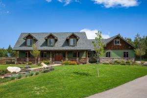 Amazing Custom Home on Acreage