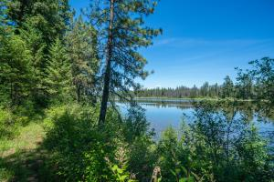 9115 Kelso Lake Rd, Priest River, ID 83856