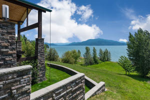 578 Ponder Point Rd, Sandpoint, ID 83864