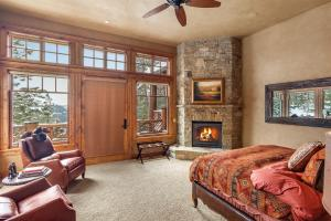 Master Suite wwater views