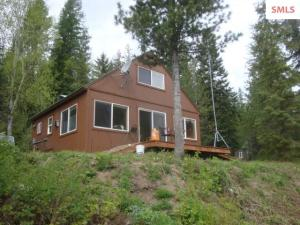 10385 Upper Pack River Rd, Sandpoint, ID 83864
