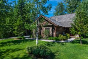 52 Waterdance Way, Sandpoint, ID 83864